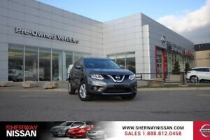 2015 Nissan Rogue SV Awd ,clean carproof,includes snows!