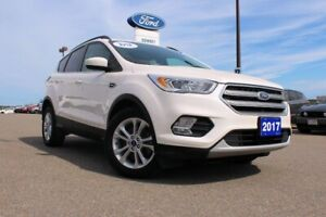 2017 Ford Escape SE 2.0 LITER ENGINE AND TOW PACKAGE!1 MASSIVE G