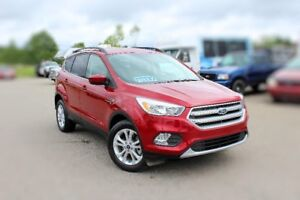 2017 Ford Escape SE LOW KMS!! SAVE THOUSANDS!!!