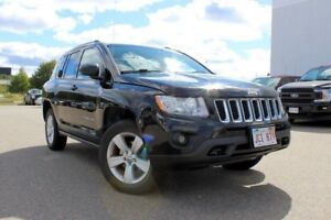 2012 Jeep Compass LimitedCOME CHECK IT OUT... 4WD 2.4L ENG SPORT