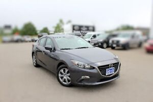 2015 Mazda Mazda3 GX LOW KMS FOR THE YEAR
