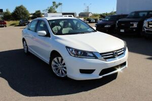 2013 Honda Accord Sedan LXPRICED TO SELL 4DR LX MID-SIZE SEDAN!!