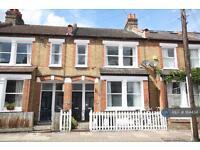 1 bedroom flat in Balvernie Grove, London, SW18 (1 bed)