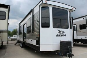 2017 Jayco Jay Flight DST 40BHTS