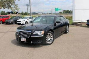 2013 Chrysler 300 TouringLOADED!! LOW KMS!!