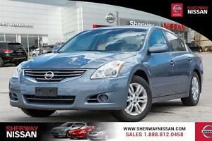 2011 Nissan Altima,low km accident free trade!