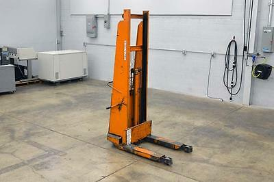 Blue Giant 1500lb Capacity Walk Behind Lift - Built In Charger Brand New Battery