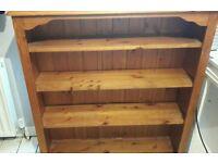 Bookshelves pine