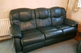 Large 3 seater sofa setee La-Z-boy recliner