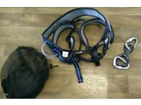 Climber's sit harness with 2 carabiners and figure 8