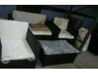 A brand new mixed brown chunky 4 piece garden rattan furniture set.