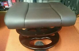 Quality leather footstool hardly used can deliver