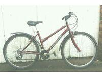 Ladies Diamondback lightweight bike