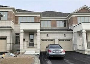 4 Bedroom 3 Bath Townhouse For Rent In Markham