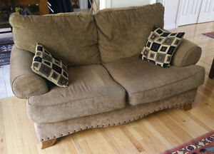 3-seater sofa and loveseat from Ashley, good condition Kitchener / Waterloo Kitchener Area image 2