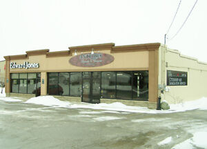 FOR LEASE HIGH TRAFFIC LOCATION LEAMINGTON WEST- WARREN RUTGERS