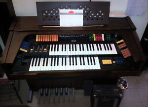 1970's ORCANA MODEL 1900 ELECTRIC ORGAN St. John's Newfoundland image 1