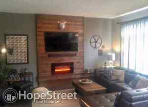Pet friendly home for rent in beautiful Secord!!