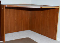 Sturdy wood corner computer desk and chair