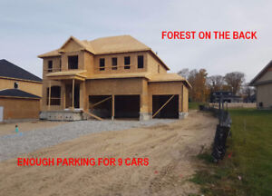 3 car garage detached house in Horseshoe Valley Barrie 90x134ft