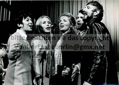 STARLETS: ROSY SINGERS - 5 OriginalFotos VINTAGE - FOTO: Ingo BARTH