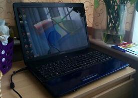 17 inch Hp Compaq * Webcam , Hdmi , DVDRW , Wifi , Windows 7