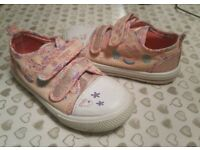 Girls Peppa Pig Trainers - Size 10