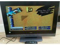 Hitachi 32 inch TV with remote