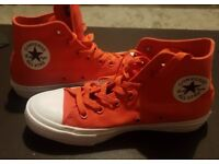 Converse Chuck Taylor All Star II trainers In Red size 6