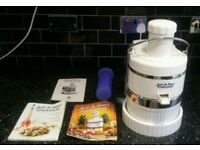 JACK LA LANNE'S POWER JUICER WITH ALL BOOKLETS