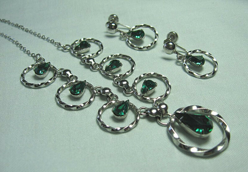 """CAMEO Sterling Silver Necklace and Earrings 16.3 grams  Necklace: 17"""" long"""