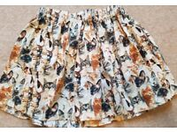 Adorable skirt! For the crazy cat lady! Size 6