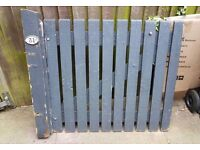 Gate free to collector