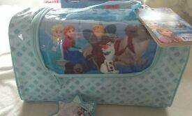 Frozen beaury bag