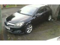 Vauxhall astra sxi 1.6 16v 06 reg selling as spares or repair