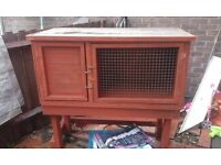 Rabbit or guinea-pig hutch for sale in good condition