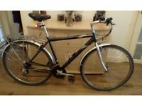 Raleigh pioneer road/hybrid bike in very good condition