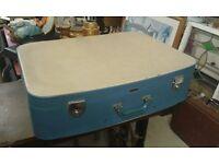 Vintage/Retro large suitcase
