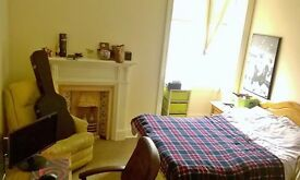 Double room for rent - Marchmont