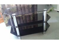 Glass tv unit