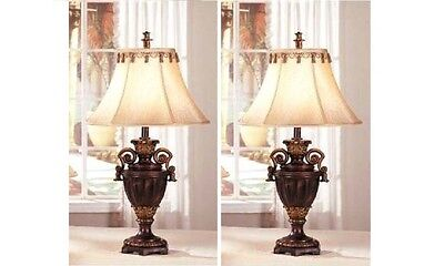 - Set of 2 Table Lamps 32