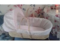 pink/white moses basket excelent cond