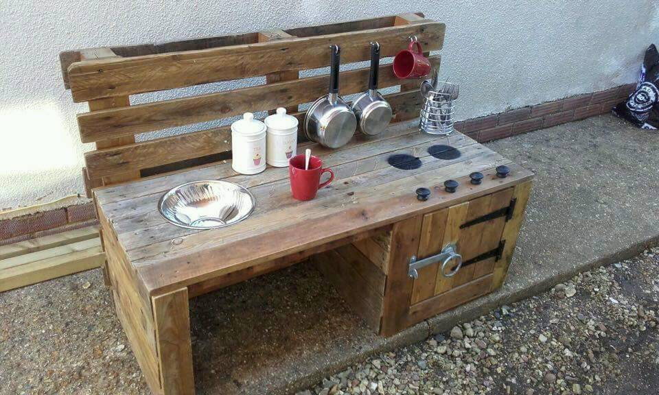 Bespoke outdoor mud kitchen Uk mainland delivery arranged | in ...