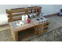 Bespoke outdoor mud kitchen Uk mainland delivery arranged