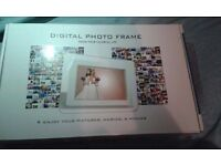 Digital Photo Frame - Black - High Resolution - Never Used