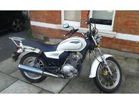 Sinnis SC 125 Low Milage only 1 year old