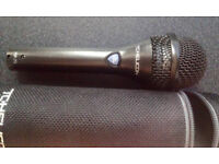 TC-Helicon MP-75 , Dynamic Vocal Microphone Incl. Mic Control Button for Control of Vocal Effects.