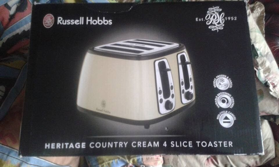 Russell Hobbs 18369 Heritage Range 4 Slice Toaster