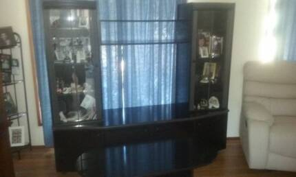 TV Entertainment with glass display cabinet.(Black)