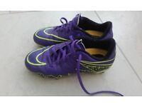 Boys Nike Hyper Venom Football Stud boots size uk 2